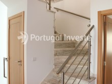 Stairs, For sale 4 bedrooms villa, new, 10 minutes away from Lisbon - Portugal Investe%9/30