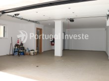 Garage, For sale 4 bedrooms villa, new, 10 minutes away from Lisbon - Portugal Investe%15/30