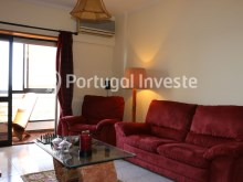 Living room, For sale 2 bedrooms apartment, river view, 10 minutes away from Lisbon - Portugal Investe%4/14