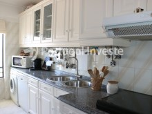 Equipped kitchen, For sale 2 bedrooms apartment, river view, 10 minutes away from Lisbon - Portugal Investe%7/14