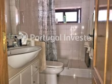 Wc Suite, For sale 3 bedrooms apartment, good areas, condo 10 minutes away from Lisbon - Portugal Investe%16/21