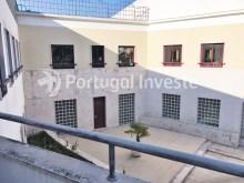 Balcony, For sale 3 bedrooms apartment, good areas, condo 10 minutes away from Lisbon - Portugal Investe%18/21