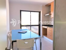 Kitchen, For sale 2 bedrooms apartment, 20 minutes away from Lisbon - Portugal Investe%2/15