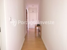 Hallway, For sale 2 bedrooms apartment, 20 minutes away from Lisbon - Portugal Investe%7/15