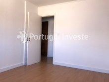 Bedroom 1, For sale 2 bedrooms apartment, 20 minutes away from Lisbon - Portugal Investe%9/15