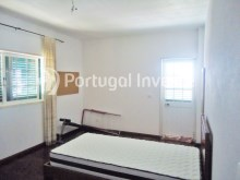 For sale Villa, with commercial space, 15 minutes away from Lisbon, Caparica - Portugal Investe%15/21