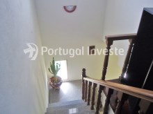 For sale Villa, with commercial space, 15 minutes away from Lisbon, Caparica - Portugal Investe%9/21