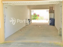 Garage, For sale 3 bedrooms Villa, nice areas and good leisure area, in Tunes, Algarve - Portugal Investe%20/20
