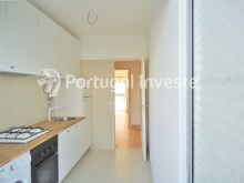 For sale 3 bedrooms apartment, with improvements, 10 minutes away from Lisbon, Almada downtown - Portugal Investe%2/13