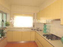 Kitchen, For sale 4 bedrooms apartment, parking and storage, in noble condo, 10 minutes away from Lisbon - Portugal Investe%10/33