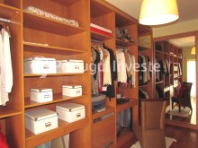 Closet, For sale 4 bedrooms apartment, parking and storage, in noble condo, 10 minutes away from Lisbon - Portugal Investe%15/33