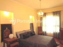 Bedroom 1, For sale 4 bedrooms apartment, parking and storage, in noble condo, 10 minutes away from Lisbon - Portugal Investe%17/33