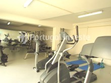 Gym, For sale 4 bedrooms apartment, parking and storage, in noble condo, 10 minutes away from Lisbon - Portugal Investe%24/33