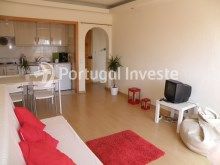 Living Room/ Kitchenette - One bedroom apartment, Ocean View, Albufeira, Algarve - Portugal lnveste%5/12