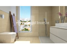 Modern bathroom - For sale 2 bedrooms apartment, new, box, Liberty Atrium Residence, 10 minutes from Lisbon downtown - Portugal Investe%8/17