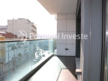 Balcony, For sale 3 bedrooms apartment, new, box, Liberty Atrium Residence, 10 minutes from Lisbon downtown - Portugal Investe%7/21
