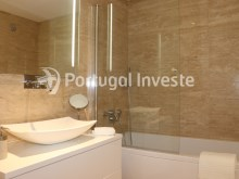 Bathroom 2, For sale 3 bedrooms apartment, new, box, Liberty Atrium Residence, 10 minutes from Lisbon downtown - Portugal Investe%20/21