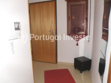 Entrance hall, 2 bedrooms apartment with barbecue and parking - Portugal Investe%12/12