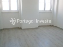 Living room, For sale 2 bedrooms apartment, renewed, nice located, neighborhood of Lisbon, Ajuda - Portugal Investe%2/11