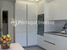 Kitchen, For sale 2 bedrooms apartment, garage box, Liberdade Atrium enterprise, 10 minutes away from Lisbon - Portugal Investe%7/26