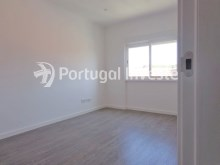 Living room, For sale 2+1 bedrooms apartment, fully renewed, 10 minutes away from Lisbon - Portugal Investe%6/16