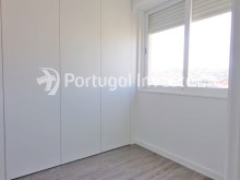 Closet, For sale 2+1 bedrooms apartment, fully renewed, 10 minutes away from Lisbon - Portugal Investe%10/16