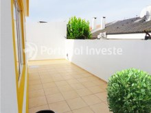For sale 3 bedrooms villa, renewed, garage, 10 minutes from Lisbon, in Caparica - Portugal Investe%7/14
