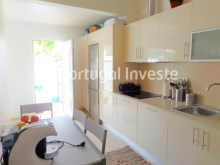 Kitchen, For sale 3 bedrooms villa, renewed, garage, 10 minutes from Lisbon, in Caparica - Portugal Investe%4/14