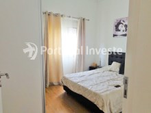 Bedroom 1, For sale 3 bedrooms villa, renewed, garage, 10 minutes from Lisbon, in Caparica - Portugal Investe%10/14
