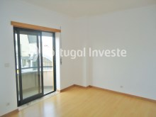 Suite, For sale 3 bedrooms apartment, storage, beautiful view, 10 minutes away from Lisbon - Portugal Investe%9/21
