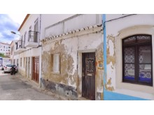 tavira ruin with project 01%1/4