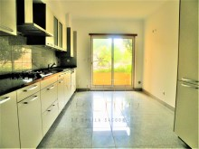 2 bedroom apartment in prestigious condominium, Birre%4/6