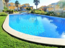 3 bedroom apartment in prestigious condominium in Birre%1/6
