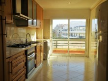2BR furnished apartment in prestigious building on the%14/17