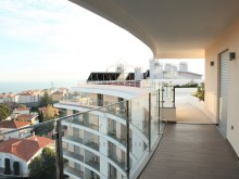 4 bedroom penthouse with terrace of 300 m2 luxury condo, Oeiras%5/13