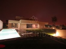 +1 House 5 bedrooms with pool and garden%4/12