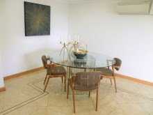 2 bedroom sea view condominium modern with swimming pool and tennis court, Cascais Guide%7/24