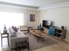 2 bedroom sea view condominium modern with swimming pool and tennis court, Cascais Guide%6/24