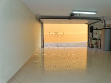 Villa with pool, Bicuda, Cascais: automatic Garage%25/25