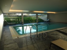 Indoor swimming pool%15/17