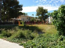 Urban plot in second line of Puerto de Alcudia beach_05%5/19