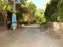 Calviá_access from the plot to Cala Vinyes beach_11%11/11