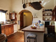 Large quinta kitchen and pantry%16/24