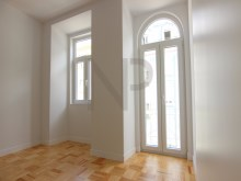 Lisbon, Anjos, excellent apartment for sale with a new housing concept%5/26