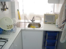 Saldanha, Avenida Defensores de Chaves, 1 bedroom apartment sold%9/11