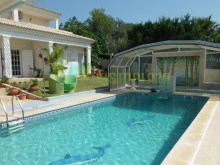 house-to-sell-alvor-algarve-covered-swimming-pool%9/61