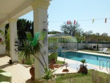 detached-house-sell-montes-de-alvor-algarve-covered-pool%10/61