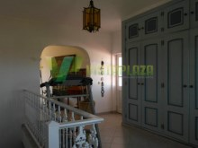 house-to-sell-big-pool-terrace-garden-montes-de-alvor-algarve%30/61