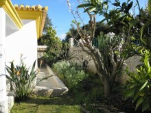 Algarve, Monte Canelas, 4 bedrooms villa with garden and pool%3/12