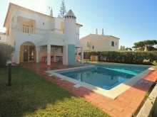 Villa-4-chambres-swimming pool-vente-Vilamoura-BUYMEproperty%1/17